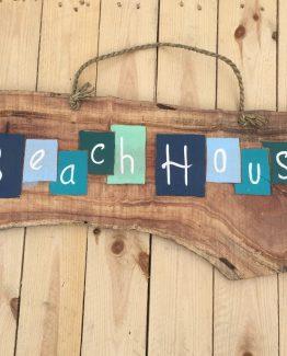 Beachhouse farbiges Treibholzschild